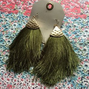 NWT Anthropologie green tassels earrings